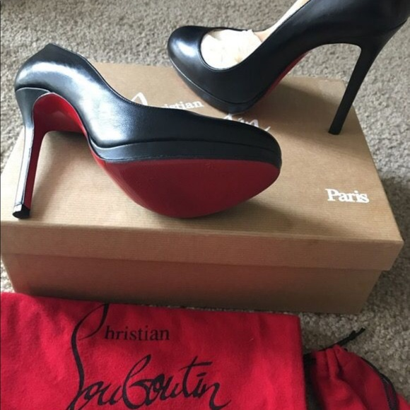 e36e34db2c06 Christian Louboutin Shoes - Like new! Christian Louboutin black neofilo  heels