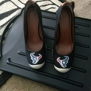 Texans wedge heels with bling black