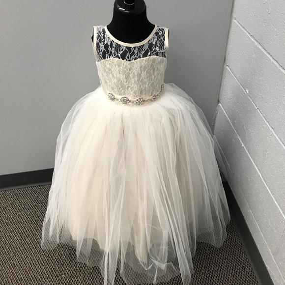 8013a462d23 Flower Girl Dress Style  5129. M 59babcc6a88e7dadaa01c27a