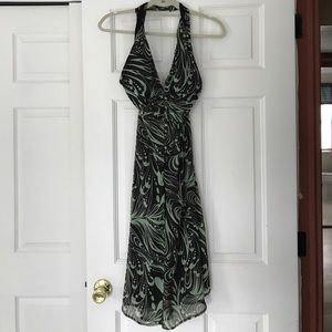 ABG halter dress w button detail, GREAT cleavage!