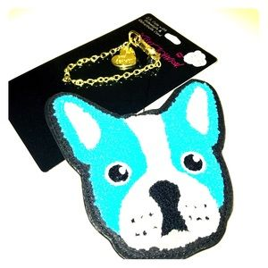 NWT. Betsey Johnson blue dog ID case w retractable