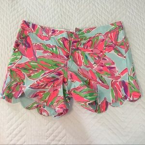 Lilly Pulitzer NEVER WORN Scalloped Chinos - Sz: 6
