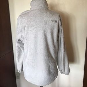 The North Face Jackets & Coats - The North Face Girls Gray Fleece Jacket L