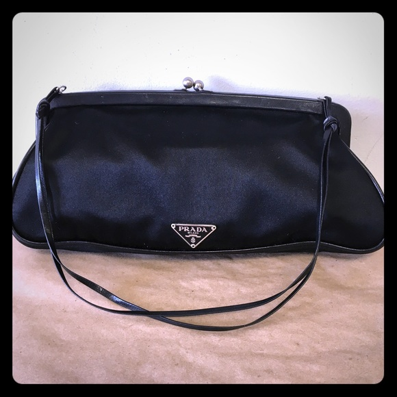 98201bea0ef7 Prada Black Leather   Nylon Evening Bag Purse! M 59bac483291a35dc5e01dccb