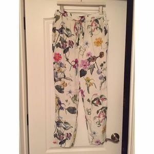 Zara Floral Print Cropped Pants
