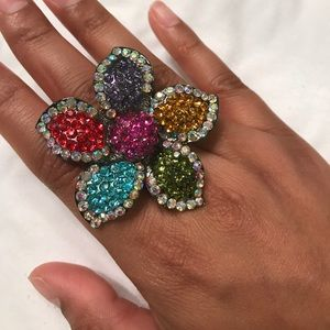 Jewelry - Multicolored dazzled flower ring