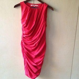 Rachel Roy sz 0 gorgeous red drape dress lined
