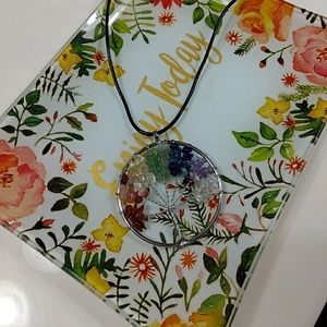 Jewelry - Pretty tree of life necklace nwt
