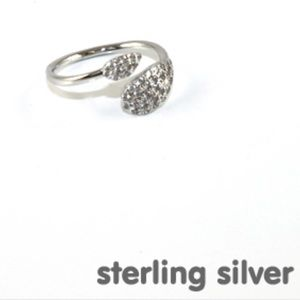 🍑Dainty ring sterling silver with rhinestone 🍑