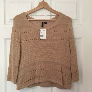 NWT. H&M Sweater