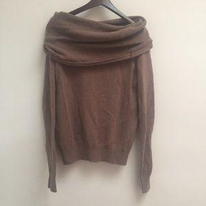 cozy bcbg sweater size L
