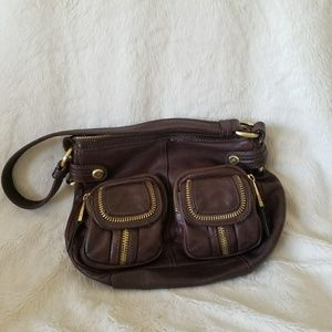 B. Makowsky small brown leather bag zipper detail