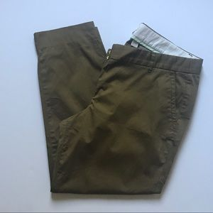 J. Crew  Skimmer pant in olive. Style 22526