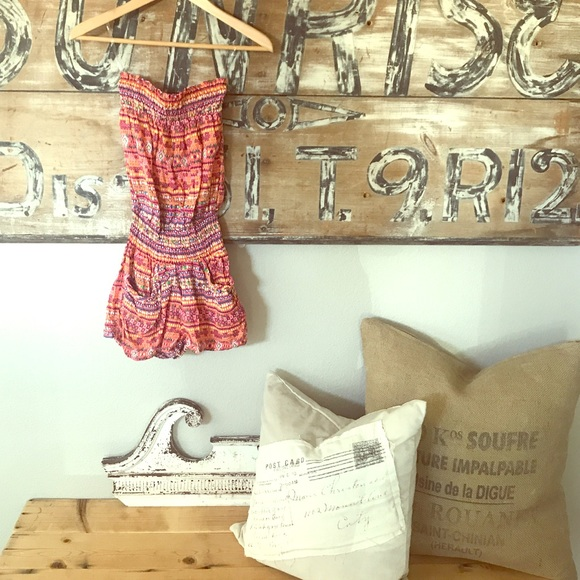 Dresses & Skirts - Strapless romper NWT