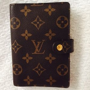 Authentic Louis Vuitton small agenda