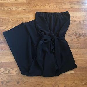 Loft Sleeveless jumpsuit black with pockets sz M