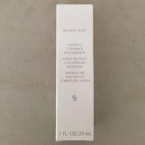 Mary Kay medium cover foundation