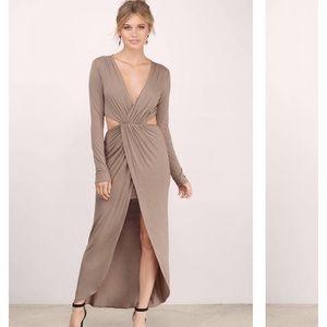 Tobi Wilhelmina Taupe Maxi Dress