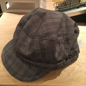 GAP plaid hat