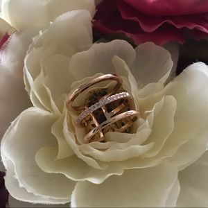Jewelry - Three Layer Rose Gold Plated Midi Ring