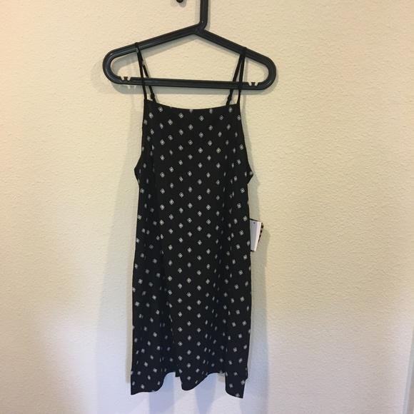 Vans Dresses - NWT Vans black 'Marie' II dress
