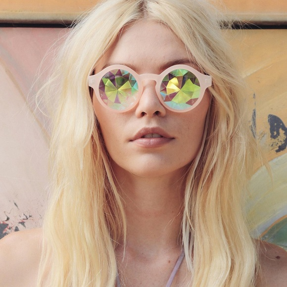 Prismatic Glass Kaleidoscope Sunglasses Round
