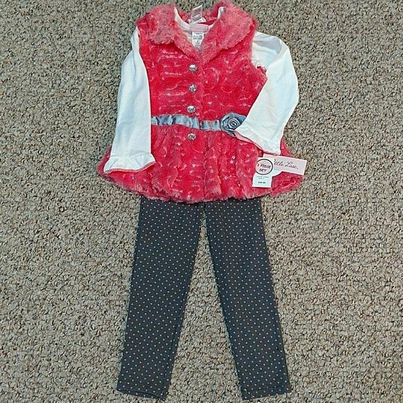 1342834eac6e Little Lass Matching Sets   Girls Outfit Size 5   Poshmark