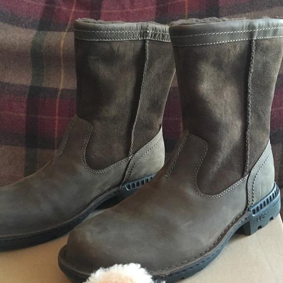 cbdb94d8251 UGG, Men's, Hartsville boots, 5626, Size 9.5