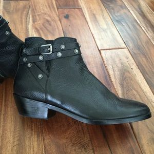Halogen (Nordstrom) booties