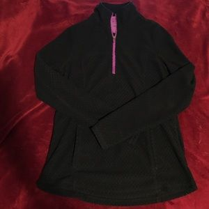 Tek Gear pullover athletic hoodie!