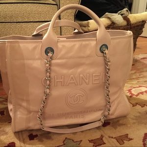 CHANEL Bags - Chanel Deauville Tote