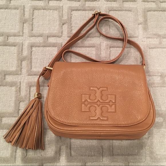 bf66fd672040 Tory Burch Thea Leather Fringe Crossbody Bag. M 59bb2621bcd4a7dcff003afd