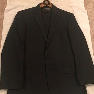 Kenneth Cole Reaction 3 piece suit