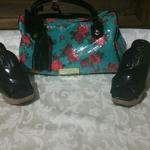 Betsy Johnson floral print sequin purse