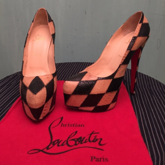 8e52595308d Christian Louboutin Shoes