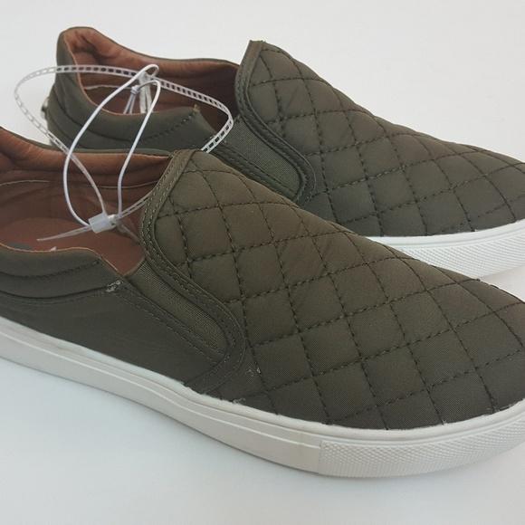 25aa135803ddf Steve Madden Ecentric Ellen Slip On Sneakers Sz 7 NWT
