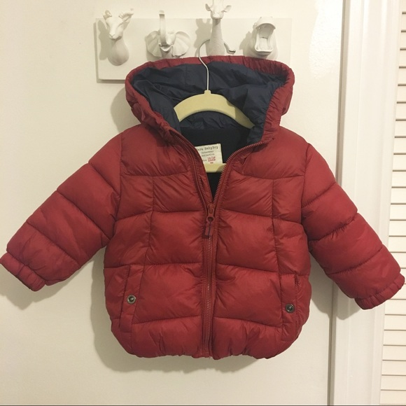 e4f8a511 Zara Baby Boy Red Puffer Coat Jacket 12-18 months.  M_59bb43a756b2d6d8ab00d57f