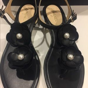 Brand New!! Black Chanel Thongs leather sandal