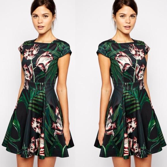 75604f8dca2f9 Ted Baker • Palm Floral Jersey Skater Dress. M 59bb88d2c284561508019b10