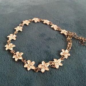 Jewelry - Flower bracelet