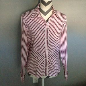 Jones New York Button down shirt Size Med EUC