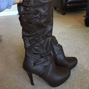 Brown boots with heel! Size 7
