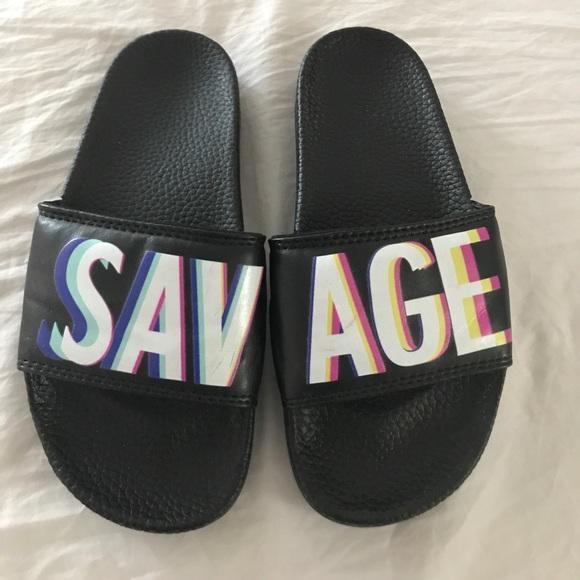 aeccb21aa902 kimoji Shoes - KIMOJI Savage Slides! Super Comfy! Size 6 🔥!