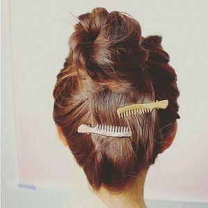 Accessories - ✄ Gold Comb Hair Clip SET