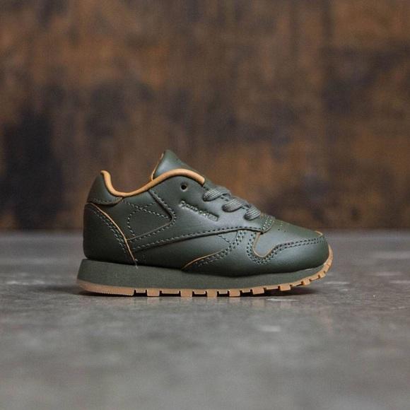 f4925a40e1c Reebok X Kendrick Lamar Classic Leather Sneakers. M 59bc0cdd680278996002bc0f