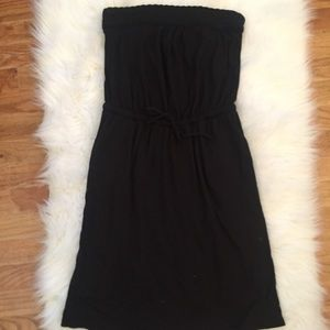Strapless Banana Republic black cinch cotton dress