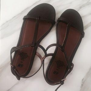 ✨CCO SALE✨H&M Sandals