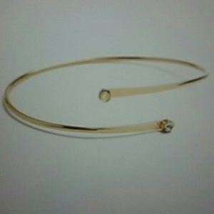 Jewelry - GOLD STONE METAL BRACLET