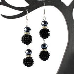 🍑Black dangle earring bon bon🍑