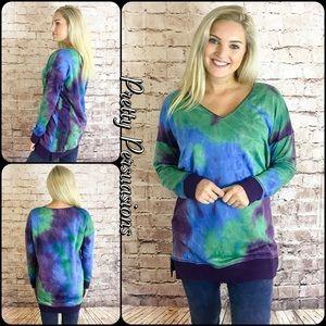 NWT Tie Dyed Slouchy Cozy Sweatshirt